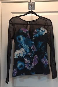 GUESS long sleeve floral and mesh shirt. Size M