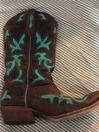 cowgirl boots Vancouver, 98682
