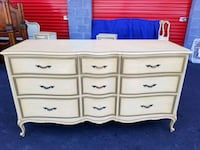 white wooden 6-drawer lowboy dresser South Riding, 20152