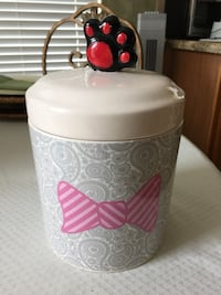 Designer Ceramic Jar. It's new. Never used. Can be used for dog treats or dog food. Cypress, 77429