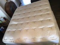 Simmons Beautyrest Cal-King Mattress With Box Springs (FREE DELIVERY) Bakersfield, 93314