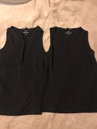 Size L men's tanks  Port Coquitlam, V3B 7M2