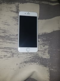 iPhone 6 16 gb with charger  Toronto, M4K 2H6