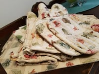 Waverly Placemats Mits Potholders Towels