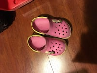 pair of pink Crocs rubber clogs Surrey, V3S 2G8