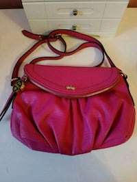 Juicy Couture Small Faux Leather Crossbody Bag Carnegie, 15106