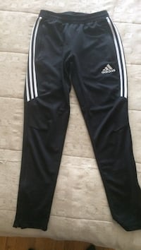 Adidas track pants (great condition) Montreal