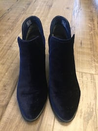 pair of black suede boots Mississauga, L5E 2G8