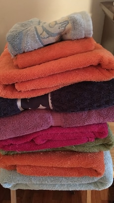Used, Bath Towels And Hand Towels for sale  Sikeston, MO