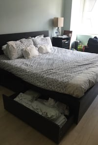 Black king size bed with 4 drawers Brownsville