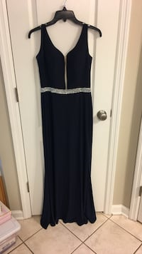 Navy blue gown, size 4