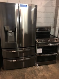 New LG 4 doors fridge & LG double oven electric range w/ 6 months warranty Hyattsville, 20785