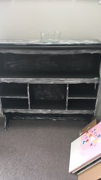 black wooden 3-layer shelf Richmond Hill, L4B
