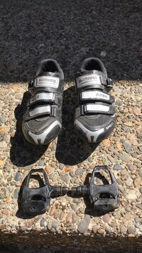 Bike Shoes & Pedals - Used 2 times 43mm size West Linn, 97068