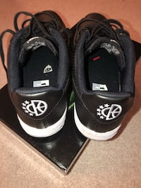 Nike black Air Force 1  Size 10.5  Centreville, 20121