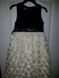 Girls size 10 evening dress perfect for any special occasion Brampton, L7A 2H7