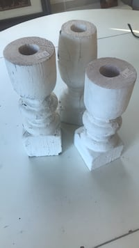 Distressed white candle holders  Richmond, 23226