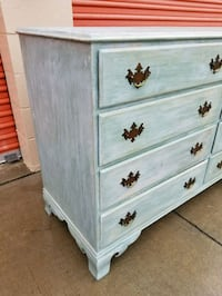 white wooden 4-drawer dresser Huntington Beach, 92647