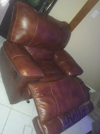 brown leather recliner sofa chair Markham, L3P 6G8