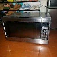 Microwave for sell good condition clean works like new barley use Seven Corners, 22044