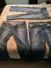 3 pairs of wallflower jeans size 22 Culpeper, 22701