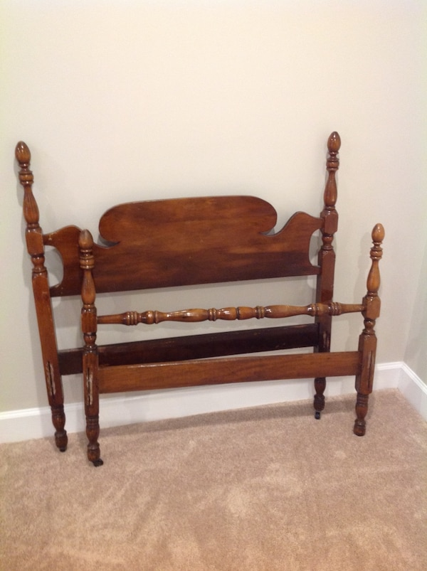 Vintage Twin headboard & footboard