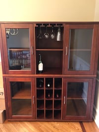 Dining Room Hutch/ China cabinet