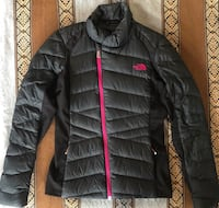 North Face Puffer Jacket (small)