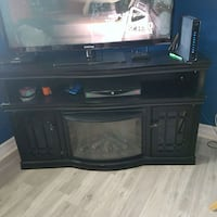 Fire place. great working condition  Hamilton, L8L 3P3