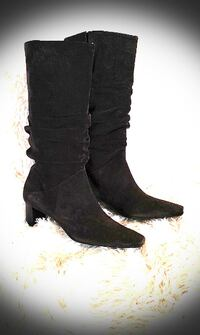 BRAZILIAN QUALITY SOFT SUEDE LEATHER BOOTS - SIZE 7.5 WELLAND