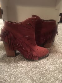 New women's size 8 rust colored suede boots Council Bluffs, 51503