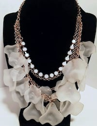 Plastic Petal and White Rhinestone Necklace Vancouver, 98684