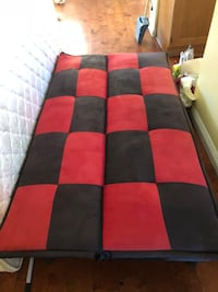 red, black, and gray textile 方塔纳, 92336