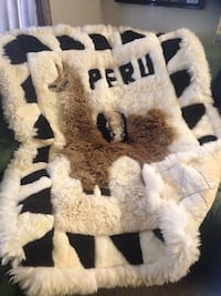 Authentic alpaca rug/throw from Peru. black & white