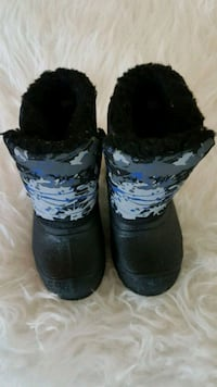 Toddler winter boots - size 5 Toronto