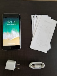 Space Grey IPhone 6, 32Gb Factory Unlocked. Perfect Condition Ottawa