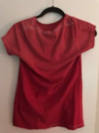 red scoop neck cap sleeve shirt Spruce Grove, T7X