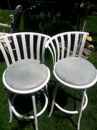 two white wooden windsor chairs Queens, 11105