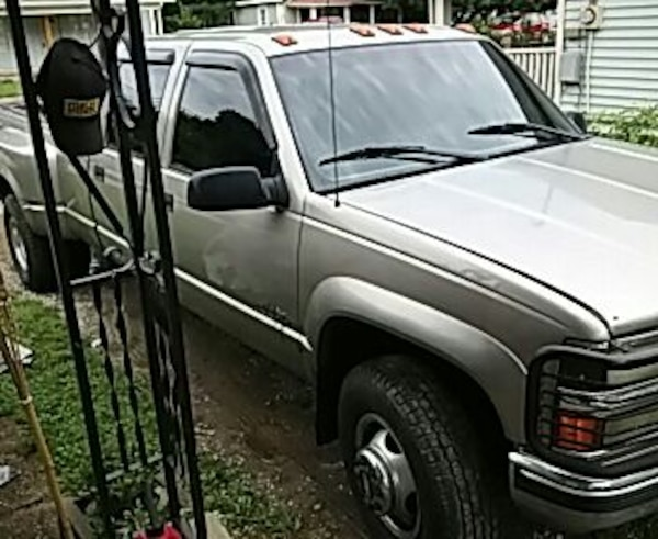 2000 chevy silverado 3500 dually