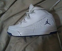 Childrens Jordan size 11