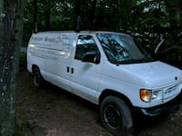 Ford - e250 - 1999 Wading River