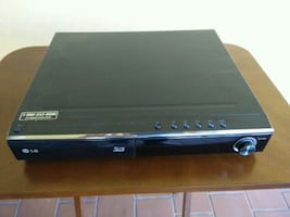 Lg receiver and 3d bluray player..near mint!!