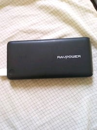 Ravpower power bank 2.4 amps and iSmart certified