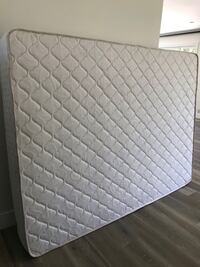 Queen size mattress  Los Angeles, 91344