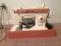 white and red Singer sewing machine Widefield, 80911