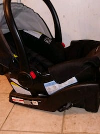 baby's black and gray car seat carrier Yuba City, 95991