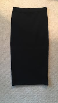 Marciano black skirt. brand new size small Burnaby