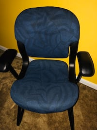 blue and black rolling armchair Suitland, 20746