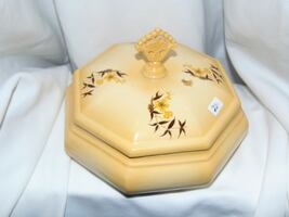 Ceramic lidded keeper box