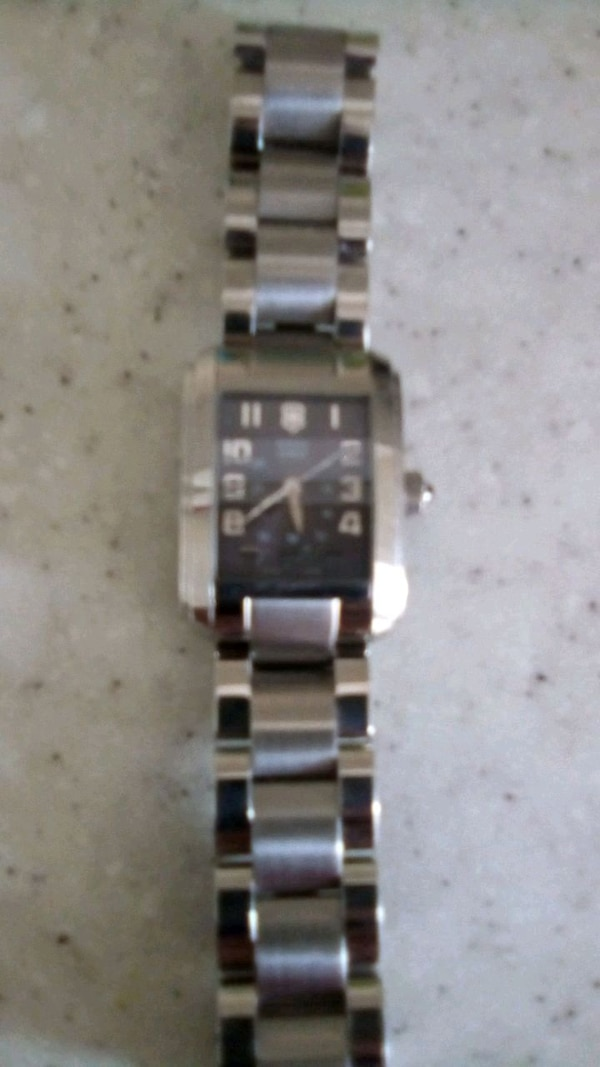 Women's watch, Swiss army... 633ac842-8b96-4850-b161-ac6604b0441c